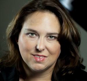 Jennifer E Burke