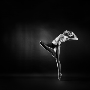 dancer_gymnast_pose_stretch_BW