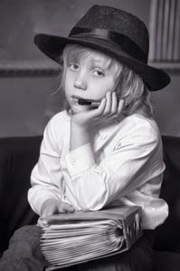 boy-child-reporter-businessman-doubt-question-book-15144862_s